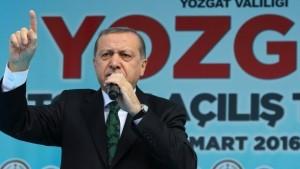 recep-tayyip-erdogan-bei-einer