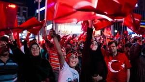in-ihren-haenden-erdogans